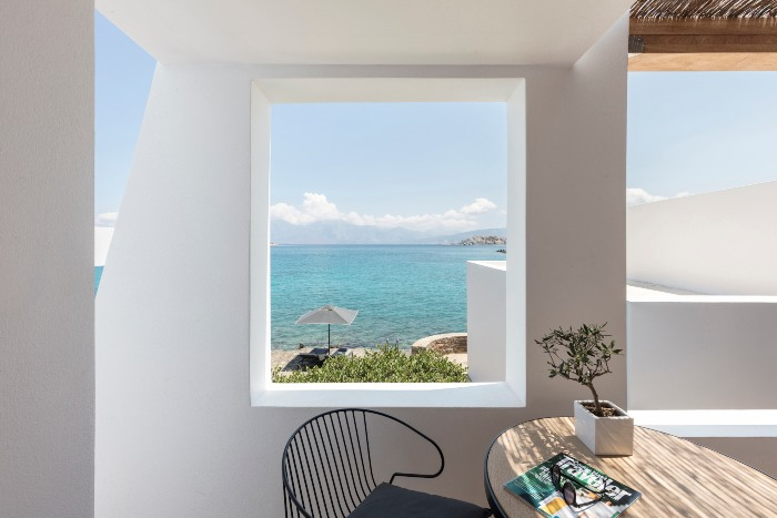 luxury bungalow crete